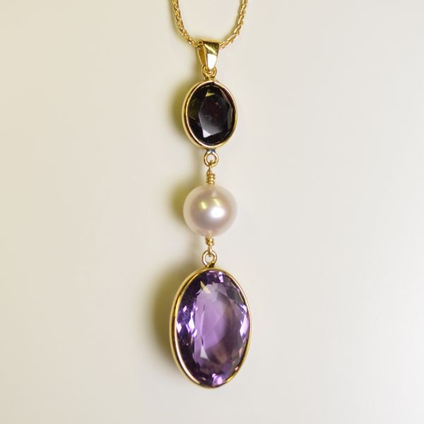 NCJ15911 Amethyst, Garnet & Cultured Pearl Pendant in 18ct Yellow Gold