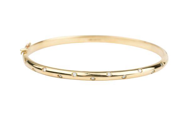 SB14705 Diamond set Bangle in 18ct Yellow Gold ( 0.20ct )