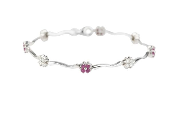 SN3746 Flower Pattern Ruby & Diamond Bracelet in 18ct White Gold