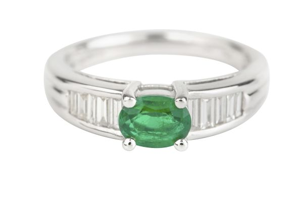 TP00551 Emerald & Diamond Dress Ring in 18ct White Gold