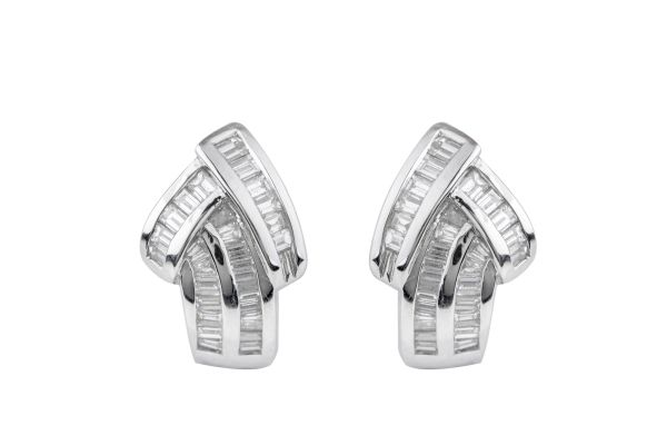 TP99608 Diamond Fancy Stud Earrings in 18ct White Gold