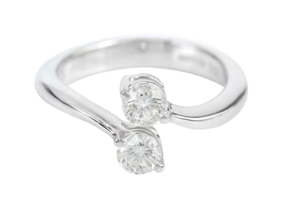 ER11519 Diamond Crossover Ring in 18ct White Gold (0.64ct)