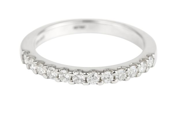 HET397 Diamond set Half Eternity Ring in Platinum (0.33ct)