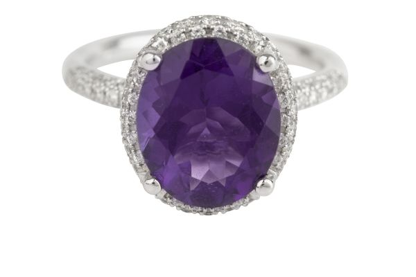 TP8507 Amethyst & Diamond Oval Cluster Ring in 18ct White Gold (Amethyst - 3.79ct; Diamond - 0.42ct)